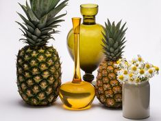 Weight Loss – Try This Magical Diet With Pineapple, Pineapple Diet for Weight Loss. Weight Loss – Try This Magical Diet With Pineapple, Pineapple Diet for We. Pineapple Oil, Pineapple Images, Eating Pineapple, Home Remedies, Natural Remedies, Pineapple Health Benefits, Infused Oils, Best Fruits, Fat Burning