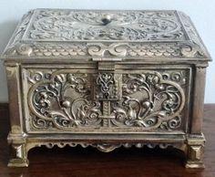ANTIQUE VINTAGE VICTORIAN ENGRAVED STEEL CASKET BOX, VELVET LINED WITH ORIGINAL IVORY KEY.