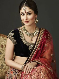 Kareena Kapoor Dresses - Bollywood Dresses available online to buy! Bollywood Stars, Bollywood Fashion, Indian Celebrities, Bollywood Celebrities, Indian Dresses, Indian Outfits, Ethnic Outfits, Indian Bridal Wear, Indian Attire