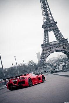 Superb shot of the legendary Gumpert Apollo in Paris