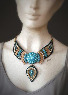 Collier style amérindien doré et turquoise : Collier par bellou