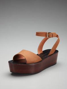 can't get enough of these kinds of platforms....Ciara sandal by Pour La Victoire