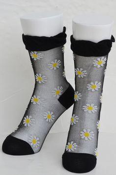 Tabbisocks Daisy Clear Crew Socks