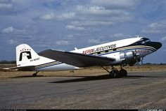 Douglas DC-3-201F aircraft picture