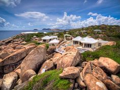 A home built around The Baths of Virgin Gorda - Water's Edge