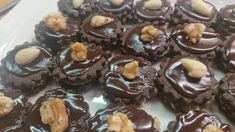 Christmas Candy, Lowes, Low Carb Recipes, Muffin, Paleo, Cooking, Breakfast, Sweet, Food