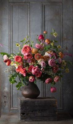 68 floral arrangement ideas- Flower composition perfect for painting - Deco Floral, Arte Floral, Vintage Floral, Floral Style, Floral Design, Flower Arrangement Designs, Fall Flower Arrangements, Flowers Roses Bouquet, Fall Flowers