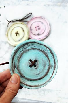 Shabby chic wall button decor by Dprintsclayful on Etsy, $12.98 would be cute for a crafting room or nursery!