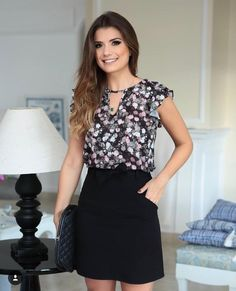 Discover recipes, home ideas, style inspiration and other ideas to try. Cool Outfits, Casual Outfits, Fashion Outfits, Womens Fashion, Fashion Tips, Shorty, Work Attire, Office Outfits, Blouse Styles