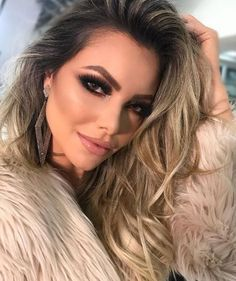 Gorgeous Makeup Ideas My Top Love Your Hair, How To Make Hair, Eye Make Up, Makeup Tips, Beauty Makeup, Face Makeup, Hair Beauty, Makeup Products, Alien Makeup