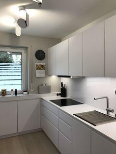 Open Plan Kitchen Living Room, Kitchen Room Design, Kitchen Cabinet Design, Modern Kitchen Design, Home Decor Kitchen, Interior Design Kitchen, Home Kitchens, Kitchen Modular, Cuisines Design