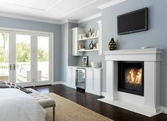 Putting crown molding along the top of a wall where it meets the ceiling instantly frames a room and... - Zillow Digs home in Encino, CA