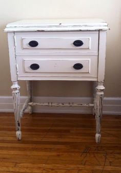 Los Angeles: Shabby Chic Nightstand $30 - http://furnishlyst.com/listings/982988