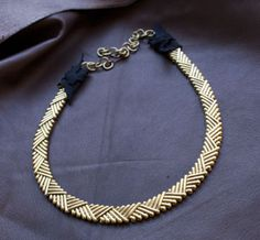 amazing crosshatch collar