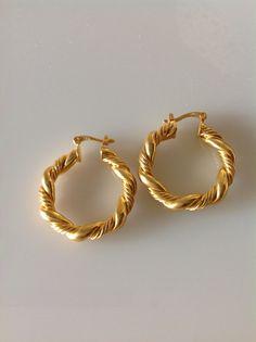 עגילי חישוק עגילי זהב עגילי חישוק קצרים עגילי זהב קצרים חישוקים לאישה עגילים לאישה תכשיטי זהב    ❤️passion   מרמלדה מרקט