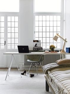 White open windows and a nice desk, perfect office + bedroom combination / Swedish Apartment with Feminine Touch, 79 ideas