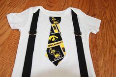 University of Iowa Hawkeyes boys Suspenders and Tie