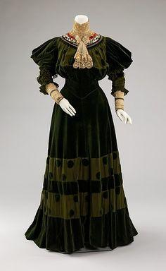 1894-1896 Dinner Dress by Jeanne Hallée,  via The Metropolitan Museum of Art