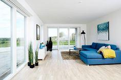 En stue i et af vores huse #hus #huscompagniet #vinkelhus #husinspiration #interiør #nybyg #nybyggeri #nythjem #hjem #bolig #indretning #stue