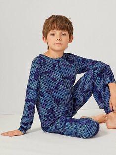Boys Geo Print Top & Pants PJ Set – Agodeal Boys Pjs, Boys Pajamas, Kids Boys, Young Boys Fashion, Boy Fashion, Satin Pj Set, Boys Sleepwear, Pj Sets, Spandex Material