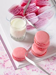 Plateful: Pretty Pink Raspberry Macarons