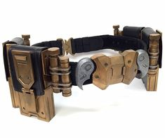 I'm a big fan of the costume design from the Batman Arkham video game series. And when I saw the fantastic utility belt Batman wears in the latest gam...