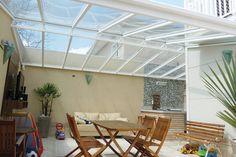 Coberturas de vidro dão leveza e conforto térmico