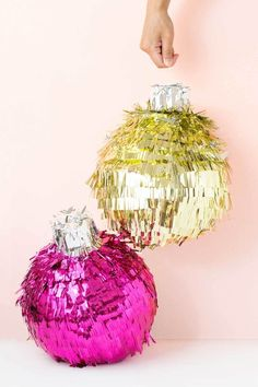 DIY festive bauble pinata - Make and Tell for Curbly Modern Christmas, Pink Christmas, Christmas Baubles, Christmas Lights, Christmas Holidays, Xmas, Mexico Christmas, Christmas Colors, Happy Holidays