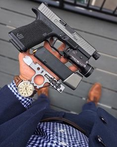 Does your attire dictate what EDC tools you carry? For some yes and for others they will carry the same gun knife pocket tool light etc. regardless of what they are wearing. Do what works best for you. Just carry something. : @the_fouch21 #WiseMen #2a #mensfashion #glock19 #wiseguy #edc #everydaycarry #ccw #9mm