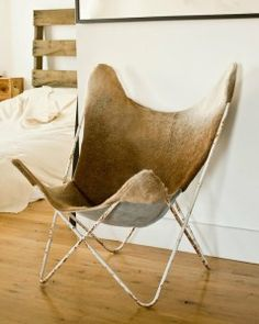 cow hide butterfly chair = perfect!