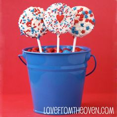 red white and blue oreos! #4thofJuly #July4th
