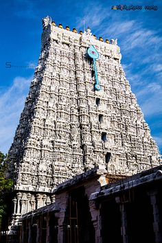 Lord Murugan Wallpapers, Lord Krishna Wallpapers, Temple India, Hindu Temple, Indian Temple Architecture, Ancient Architecture, Romantic Love Pictures, Amazing Places On Earth, Hindu Culture