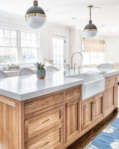 Sleek & Inspiring Contemporary Modern Kitchen Design Ideas New 2019 - Page 28 of 46 - clear crochet Kitchen Design Gallery, Modern Kitchen Design, Interior Design Kitchen, Room Interior, Kitchen Cupboard Colours, Kitchen Redo, Kitchen Ideas, Kitchen Windows, Kitchen Cupboards