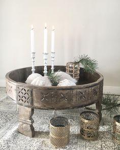 So, ein wenig sehe ich schon Land zwischen meinen ganzen Kisten Ich habe das Highlight ausgepackt und direkt Fotos gemacht  Diesen tollen Chakki Table haben wir nun ab sofort in unserem Shop. ✔️Ich weiß, dass dieser Tisch bei vielen Mädels auf der Weihnachtswunschliste GANZ oben steht!Habt alle einen gemütlichen Nachmittag#shabbyrose #shabbyroseonlineshop#chakkimod #chakki #chakkitable #couchtisch #beistelltisch #holztisch #marokko #indian #indianstyle #bohochic #boho #boh...