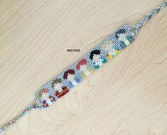 Newly listed in my shop just in time for the members bracelet! You can find them in the K-POP/BTS/EXO bracelets listing. String Bracelet Designs, Macrame Bracelet Patterns, Friendship Bracelets Designs, Beading Patterns, Beading Tutorials, Bts Bracelet, Bracelet Crafts, Embroidery Floss Bracelets, String Art Tutorials