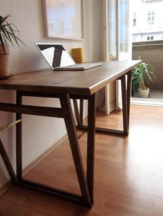 LAPTOP DESK: Beautiful Original Solid Ply Beach by Hardmandasein via DaWanda