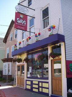 Silly's Restaurants, Portland Maine <3 HIGHLY RECOMENDED! fantastic food, incredible atmosphere, portland in a nutshell