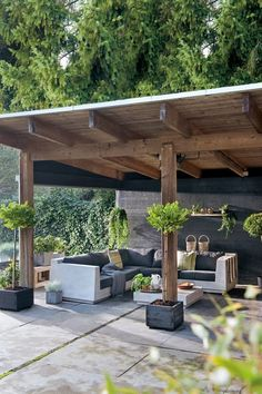 50 Beautiful Pergola Design Ideas For Your Backyard to span a deck or patio consider planting grapes or some other vine that will quickly encompass the structure as this. Backyard Patio Designs, Small Backyard Landscaping, Backyard Pergola, Pergola Designs, Pergola Plans, Diy Patio, Patio Ideas, Pergola Kits, Landscaping Ideas