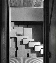 Carlo Scarpa (Italiano, 1906-1978) | Negozio Olivetti | Piazza San Marco 101 – Procuratie Vecchie – Venezia | Proprietà di Generali | restauro (2011) FAI (Fondazione Ambientale Italiano) | 1957-58