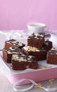 Schokoladentraum-Blechkuchen, ein schmackhaftes Rezept aus der Kategorie Kuchen. Bewertungen: 360. Durchschnitt: Ø 4,6.