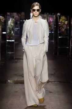 Dries Van Noten Spring 2017 Ready-to-Wear Fashion Show - Maria Zakrzewska