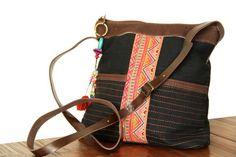 Un véritable sac à main de fille, tellement charmant et féminin ! Ce joli petit sac à main de
