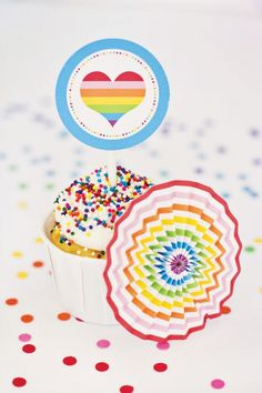 rainbow paper rosette