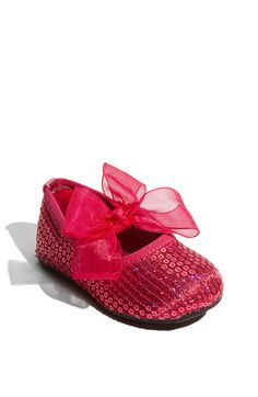 Free shipping and returns on Stuart Weitzman 'Baby Bling' Crib Shoe (Baby & Walker) at Nordstrom.com. Sparkly sequins and a big frilly bow add princess-worthy charm to a crib shoe secured with an elastic strap.