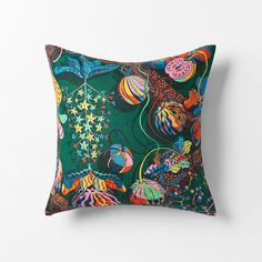 Discover cushions in beautiful colours and timeless patterns from Svenskt Tenn; unique sofa cushions in classic design that can change an entire interior. Cushions On Sofa, Throw Pillows, Hawaii Pattern, Josef Frank, Unique Sofas, Magical Christmas, Christmas 2019, Royal College Of Art, Tree Patterns