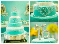 Festa-classica-15-anos-bolo-verde-agua