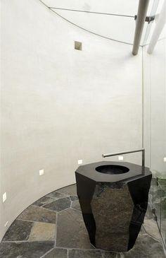 Freestanding Stone Washstand