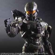 HALO Master Chief Collectible Figure by Square Enix Halo Action Figures, Halo Spartan, Movie Props, Movie Tv, Halo Series, Halo Master Chief, Future Soldier, Arte Obscura, Character Concept