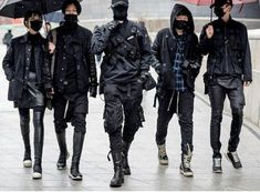 Squad goal : techwear outfit inspiration for winter Mode Cyberpunk, Cyberpunk Clothes, Cyberpunk Fashion, Edgy Outfits, Mode Outfits, Fashion Outfits, Mode Masculine, Japanese Streetwear, Mein Style