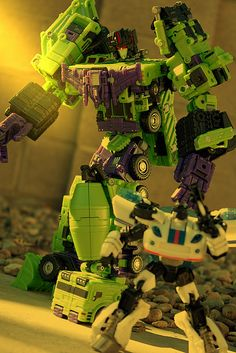 Devastator, finally in a form true to his name, 2012